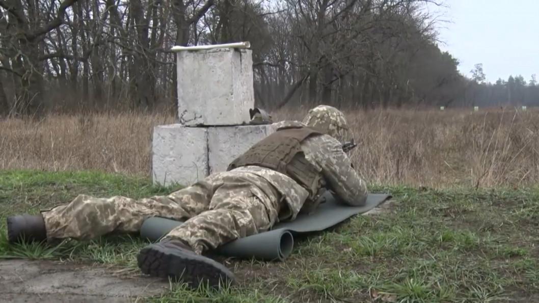 ВІДЕО: Важка техніка, вибухи та зброя – на полігоні Гвардійського пройшли навчання резервістів