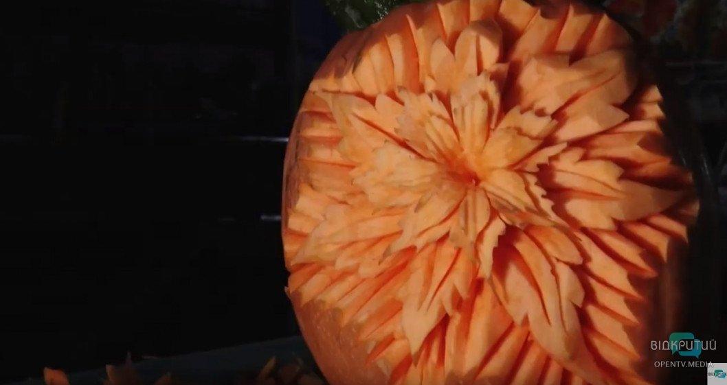 Кулінарія як витвір мистецтва: дніпрянин перетворює овочі на їстівні шедеври