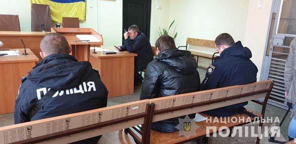 Слишком мягко: днепрянина, избившего беременную и 6 девушек, отправили под домашний арест