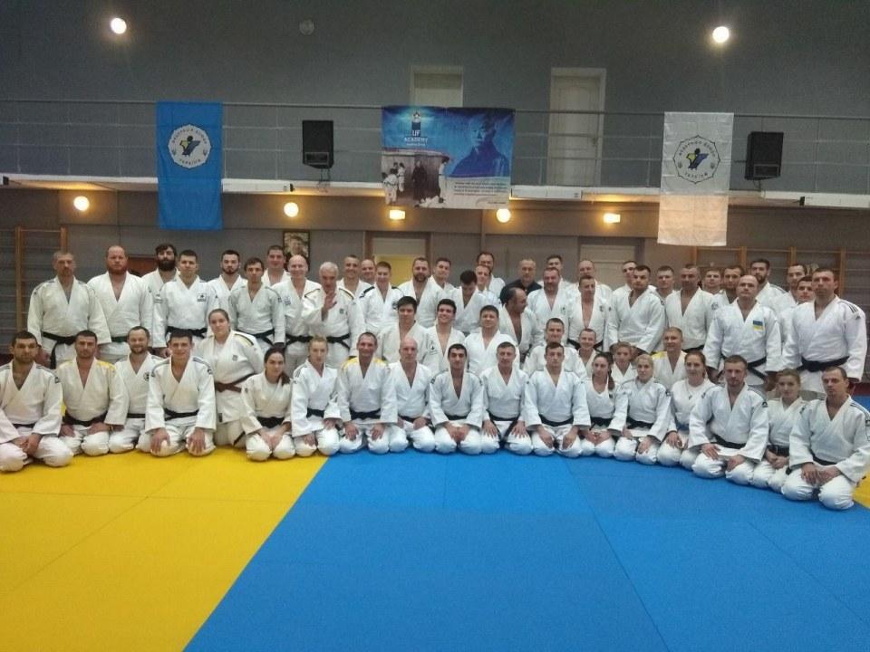 Чему учились лучшие из лучших: в Днепре прошел семинар для тренеров по дзюдо со всей Украины