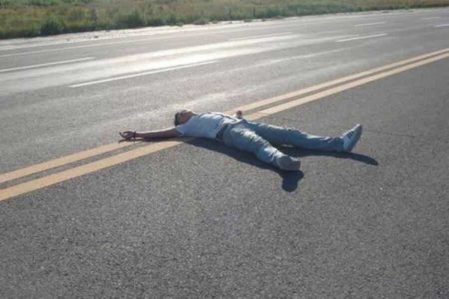 На Победе-3 днепрянин упал посреди дороги и его переехало авто (ВИДЕО)