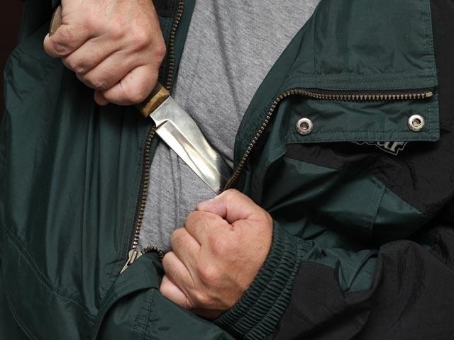 Туберкулезный больной орудовал ножом на криворожском вокзале (ФОТО)