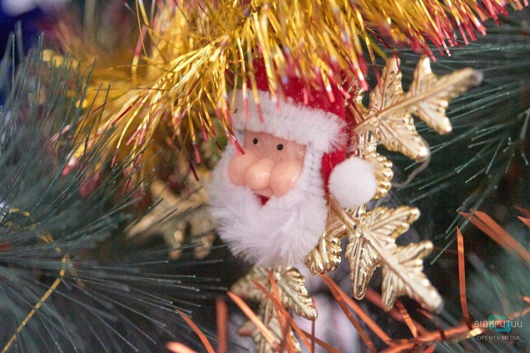 Сколько стоит поздравление от Деда Мороза и Снегурочки в новогоднюю ночь в Днепре (ЦЕНЫ)