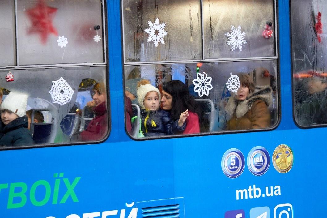 Праздничный трамвай в Днепре