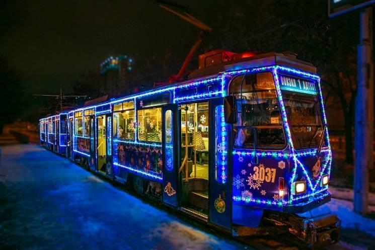 Головна ялинка міста: як дніпрянам  пропонують провести новорічні свята