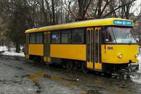 В Днепре на два дня трамваи изменят маршрут