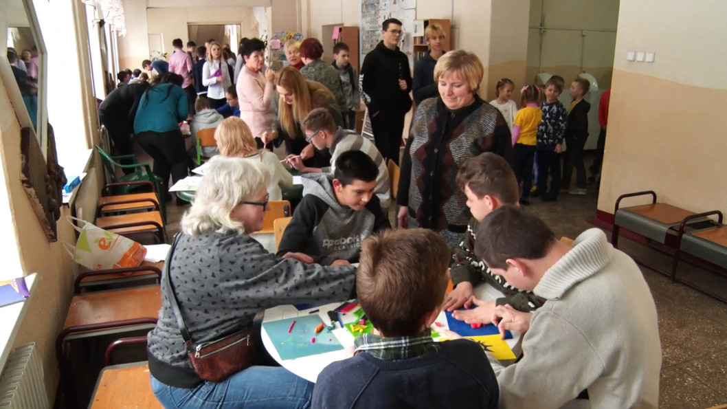 ВІДЕО: У дніпровській школі №28 пройшов інклюзивний фестиваль