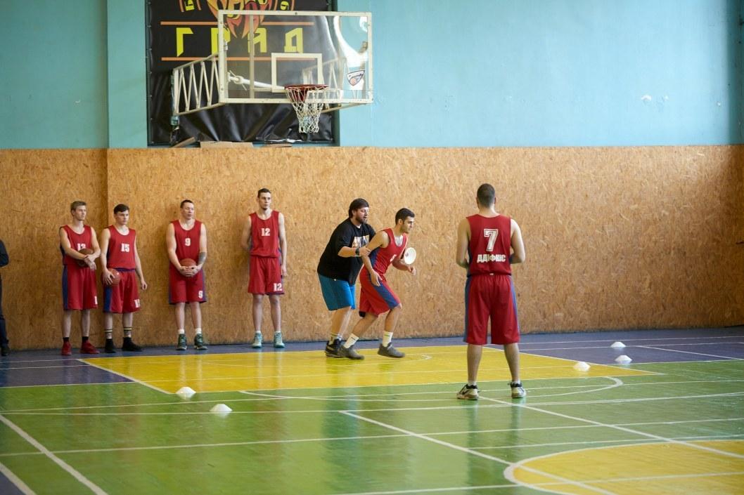 Баскетбольный мастер-класс от Александра Мунтяна.