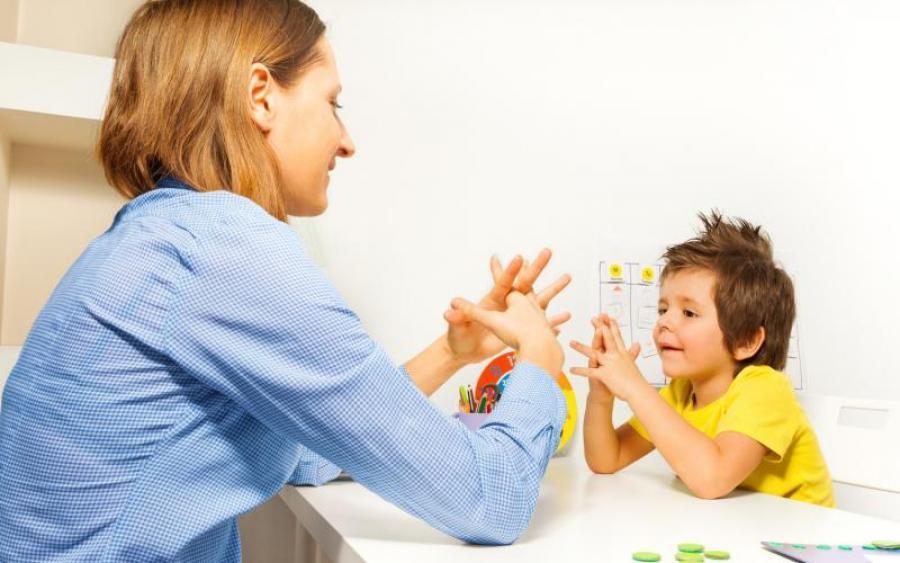 Діти, що мають інвалідність: особливості спілкування