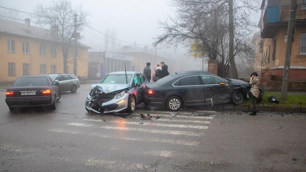 ДТП на Макарова в Днепре