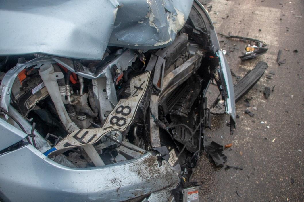 Повреждения автомобиль получит достаточно серьезные