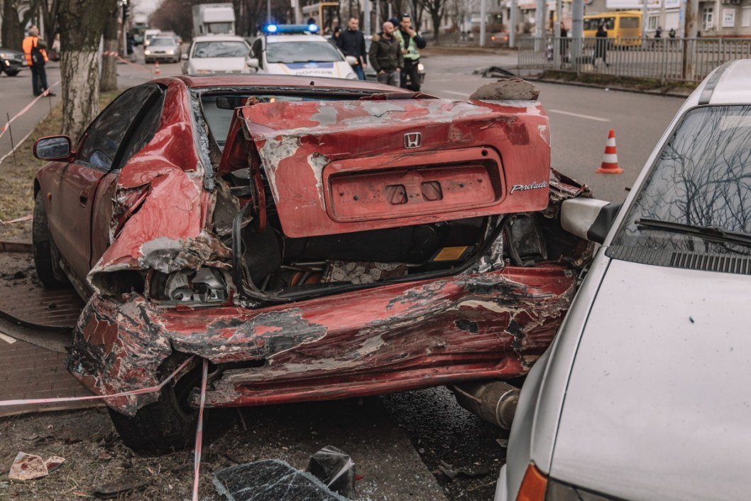 ДТП с пострадавшим в Днепре на Рабочей: столкнулись Honda и Geely (ФОТО)