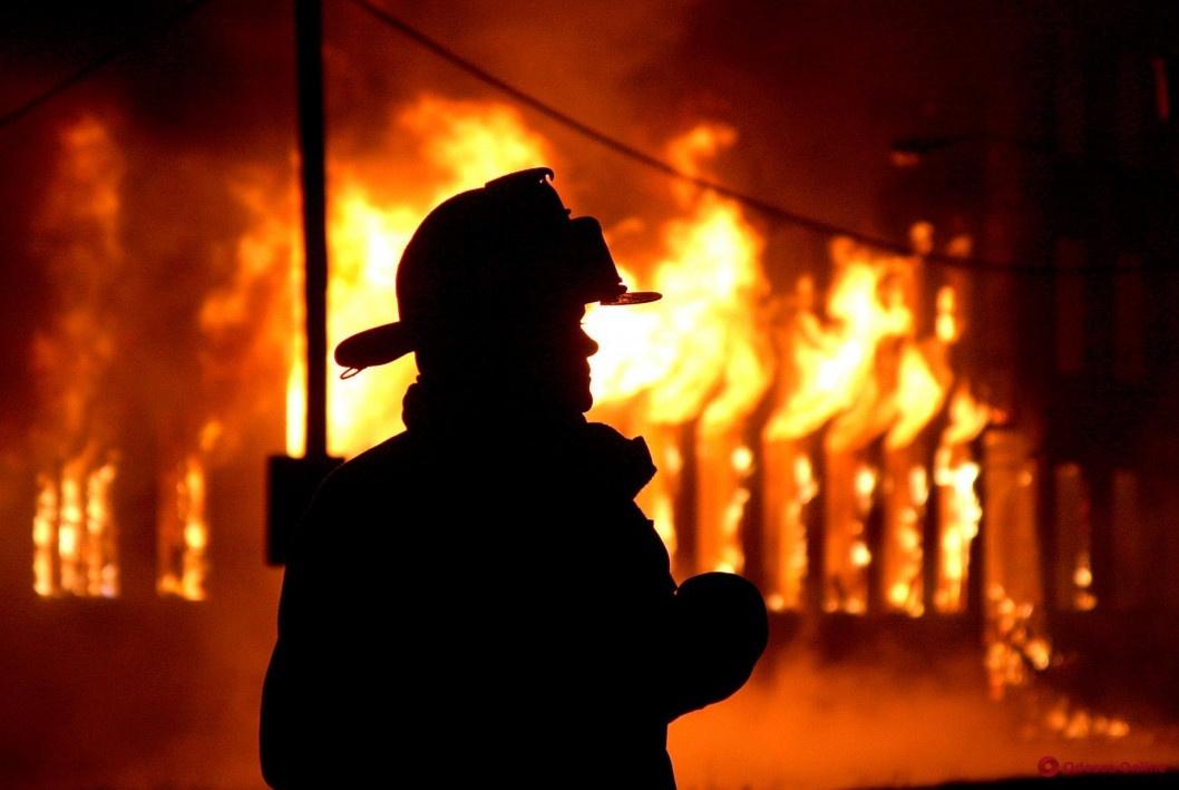 Неисправный котел: в Днепре загорелся частный дом на Больничной