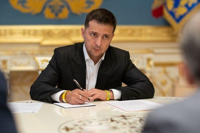 Владимир Зеленский – Президент Украины.