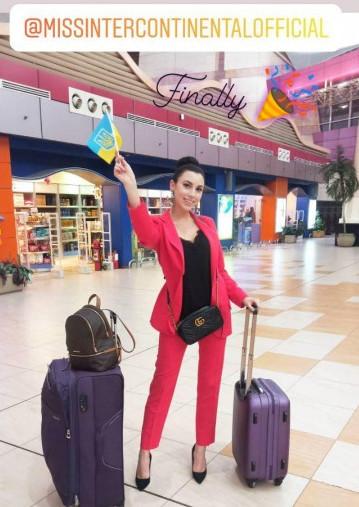 Дарина Слесарева прилетела в Египет для участия в конкурсе Мисс Интерконтиненталь 2019