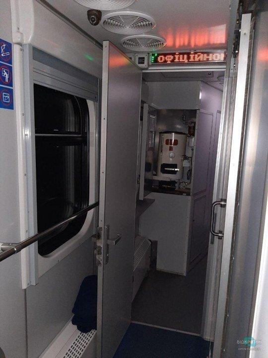 Камеры наблюдения в коридоре купейного вагона