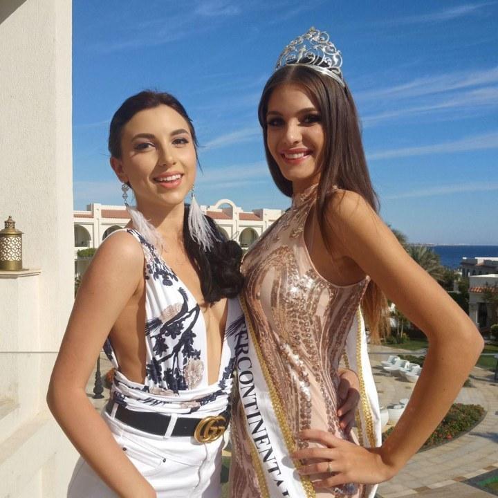 Дарина с победительницей Мико