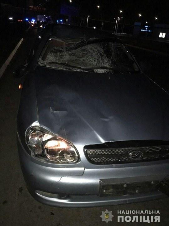На Набережной Заводской на пешеходном переходе два человека попали под машину: мужчины погибли