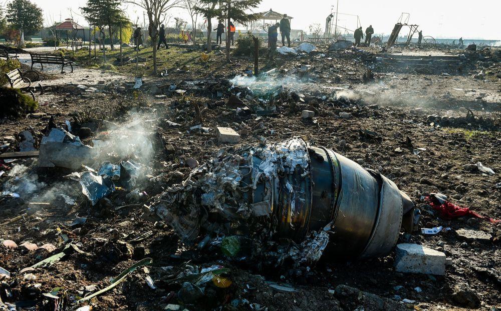 Место крушения украинского боинга под Тегераном