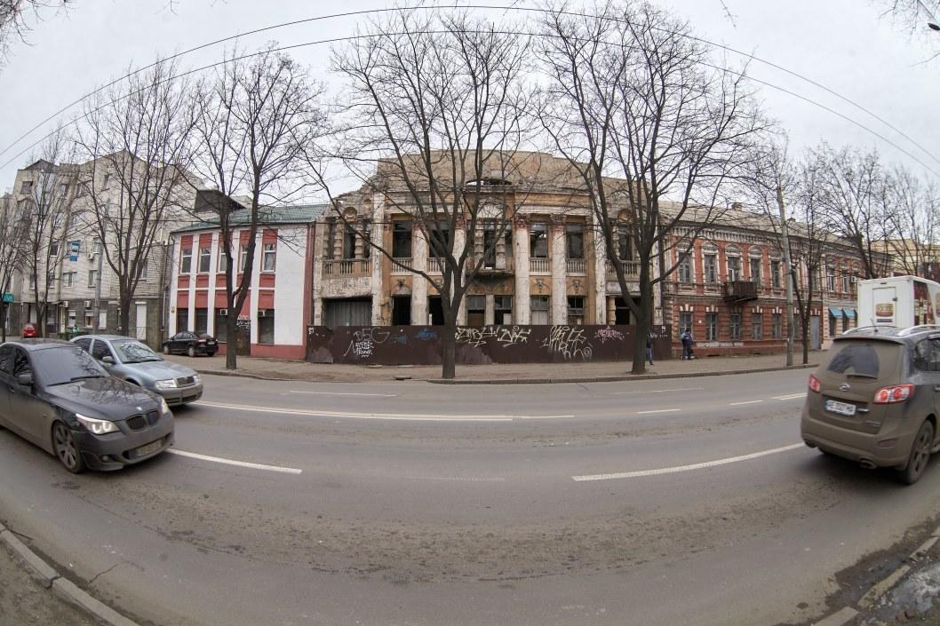 Дом Прицкера в руинах: в Днепре разрушается уникальный памятник архитектуры (ФОТО)