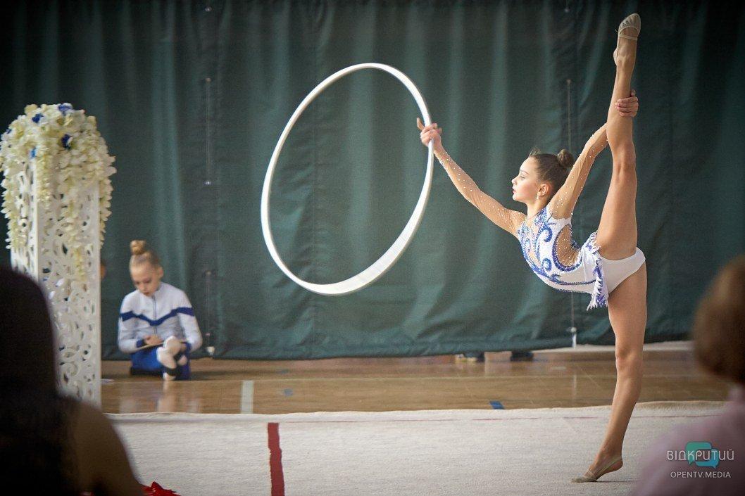Юные Ризатдиновы: в Днепре прошли соревнования по художественной гимнастике (ФОТО)