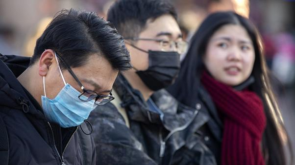 Смертельный вирус из Китая унес жизни 17 человек и уже добрался до США