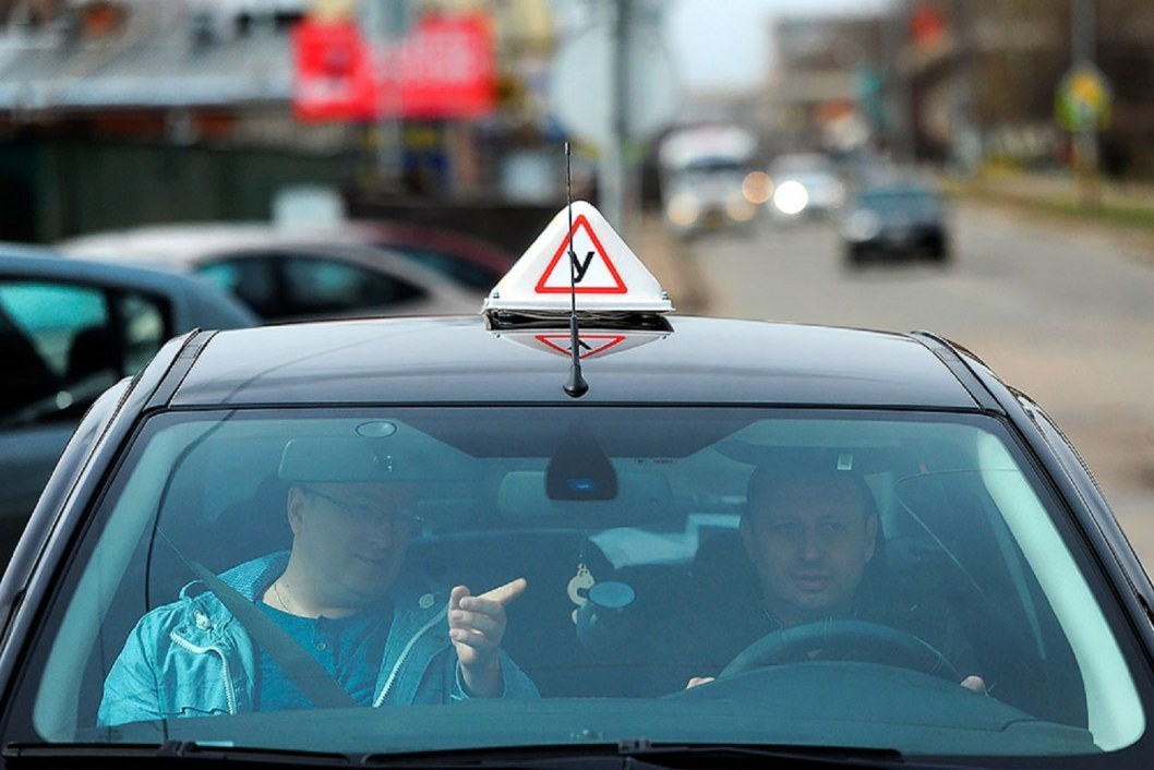 ВІДЕО: У Дніпрі тепер фіксують на відео практичний іспит на водійські права