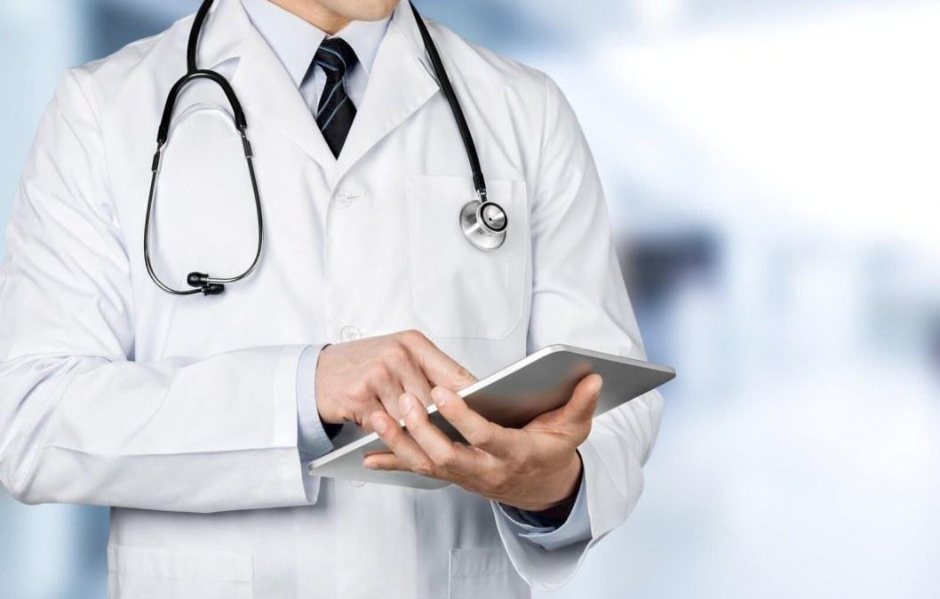 ВІДЕО: Не підписав контракт — не отримав гроші: стартував другий етап медичної реформи