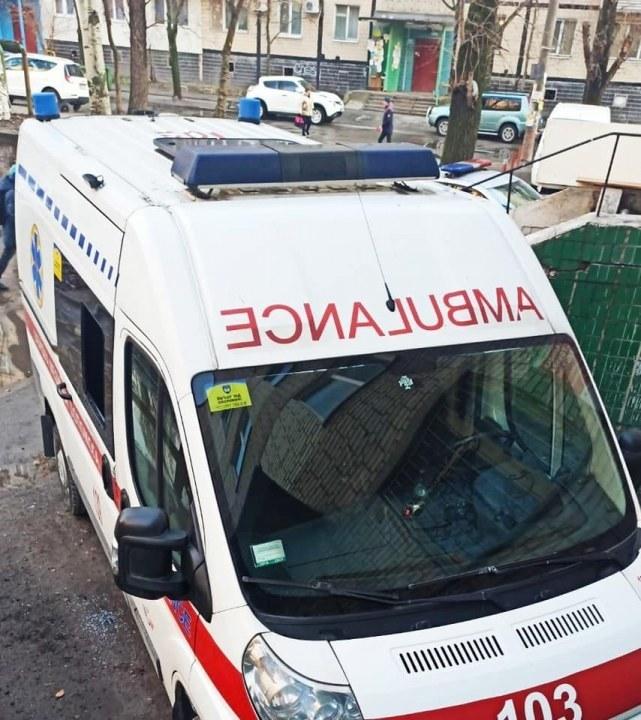 Совсем совесть потеряли: в Днепре неизвестные ограбили карету скорой помощи