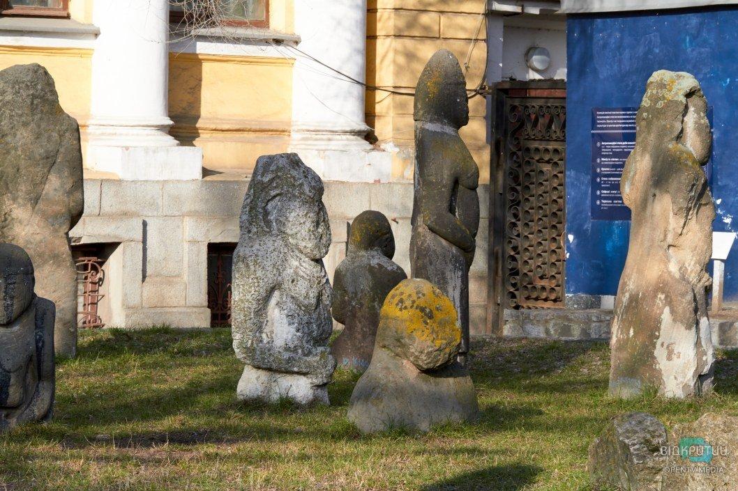 Свидетели тысячелетней истории: с этими половецкими бабами фотографировался еще сам Яворницкий. Часть 2 (ФОТО)