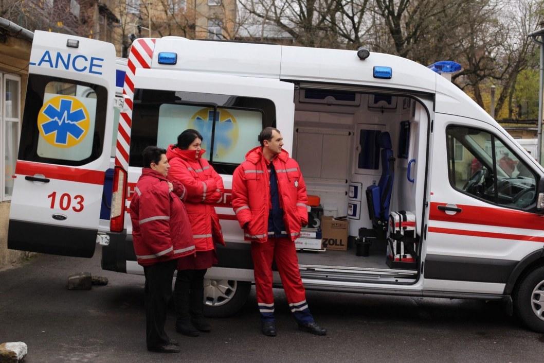 В Никополе в новогоднюю ночь жестоко избили фельдшера скорой помощи