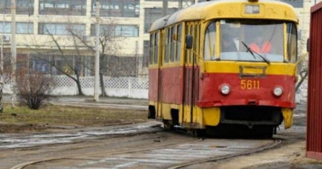 В Днепре несколько трамваев закончат работу раньше