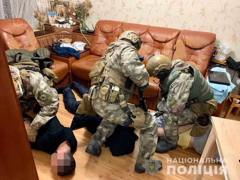 В Днепре задержали преступную группу, члены которой организовали ДТП на Слобожанском (ВИДЕО)