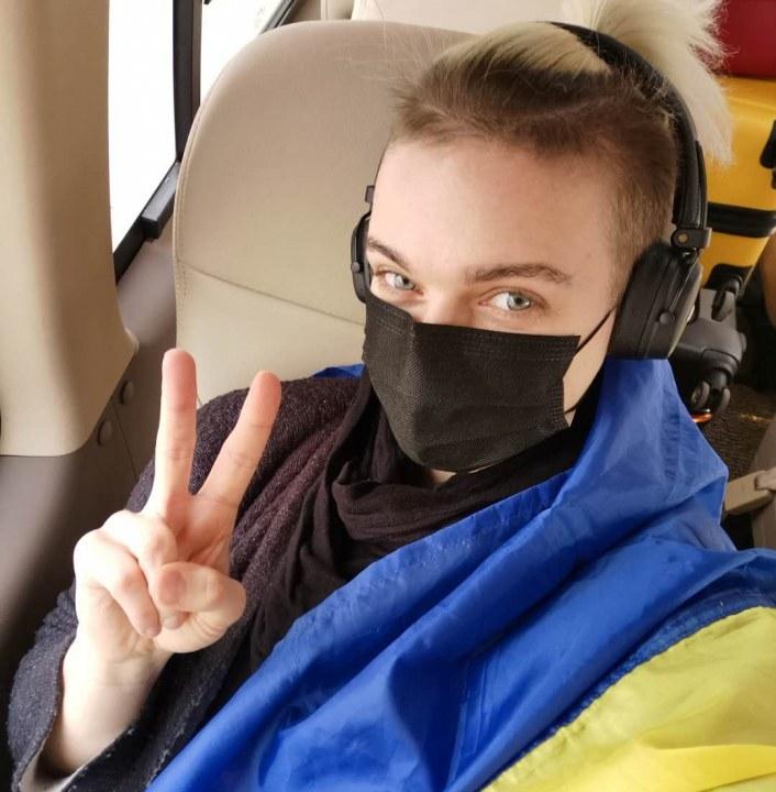 Украинцы прибыли в аэропорт Уханя