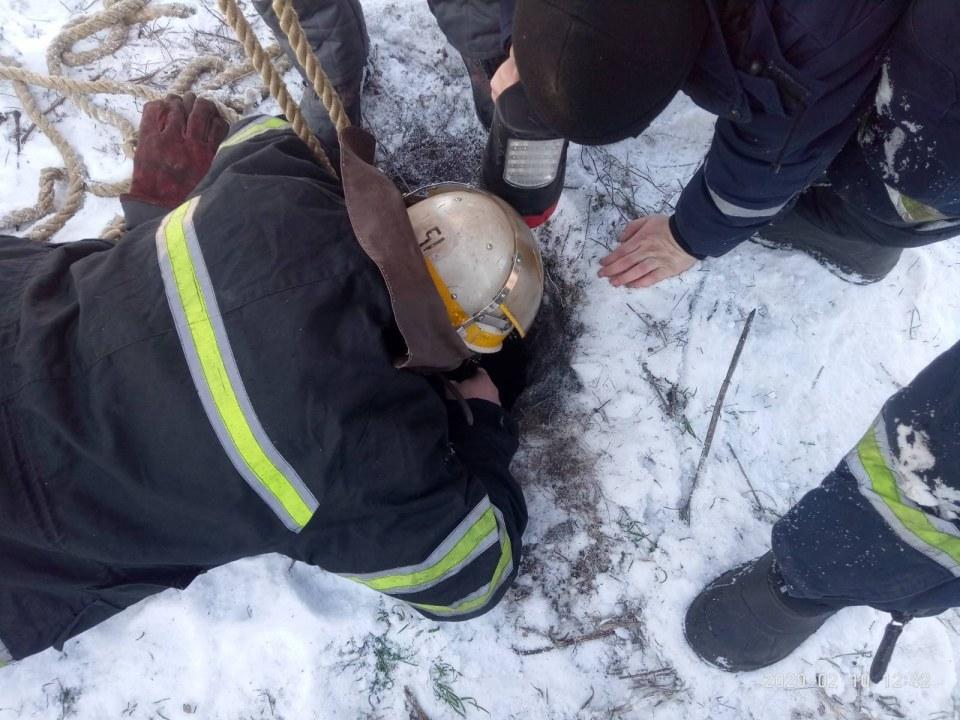 В Днепре 7-летний мальчик провалился в скважину для воды