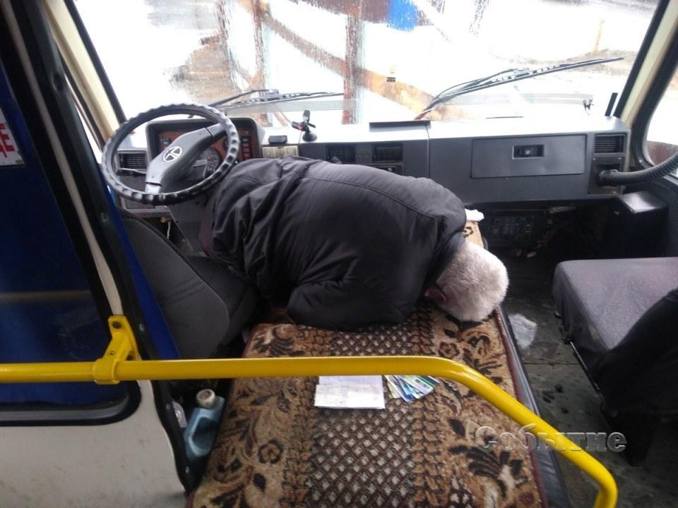 Предварительно известно, что во время движения у водителя случился инсульт