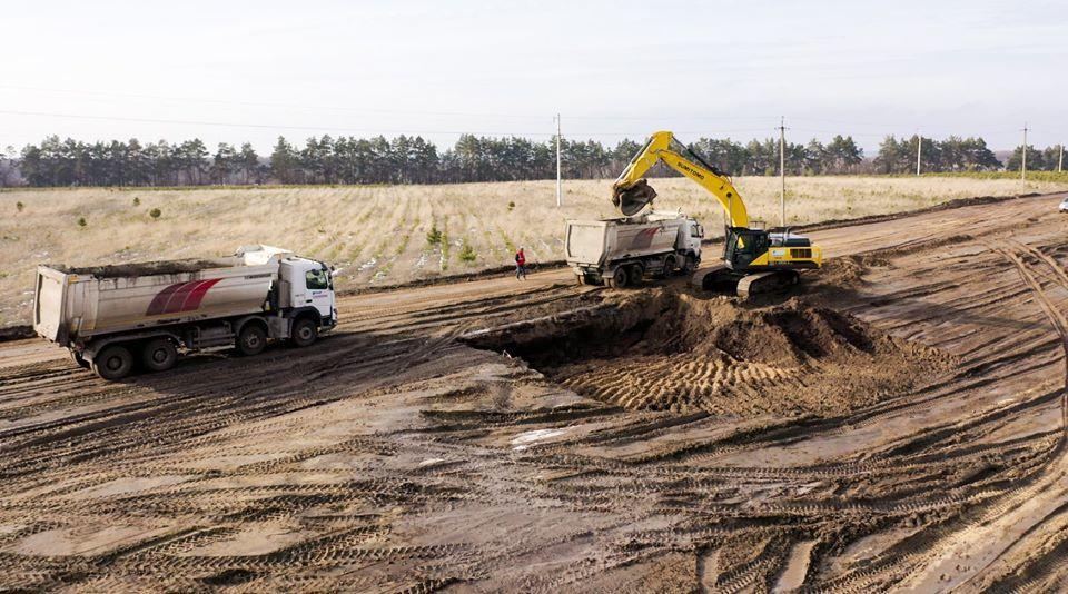 """Строительство автомагистрали """"Днепр-Решетиловка"""" в Полтавской области"""