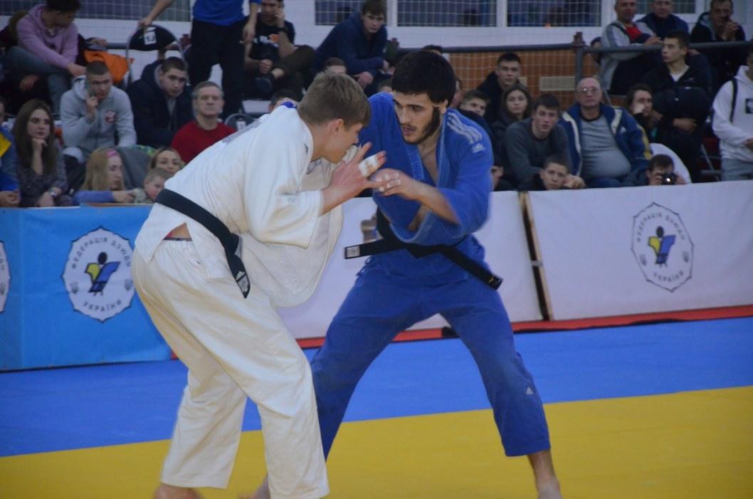 Круче чем в фильмах Джеки Чана: в Днепре стартовал Чемпионат Украины по дзюдо среди юниоров и юниорок (ФОТО)