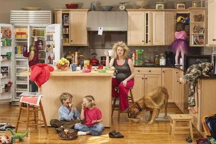 Соціальна робота: допомога дітям та жінкам у скруті