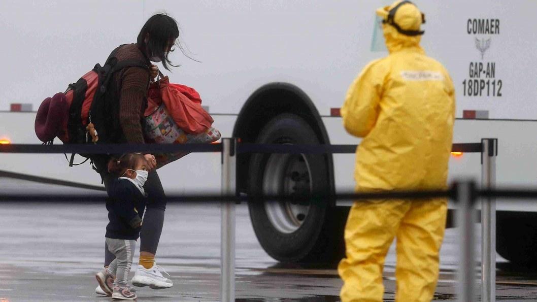 Китайский коронавирус: число зараженных в мире превысило 40 тысяч человек, среди них и украинец