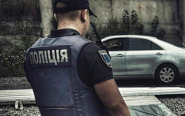 Потасовка на Победе: на конфликт с пьяными прохожими приехали 4 экипажа патрульной полиции (ВИДЕО)