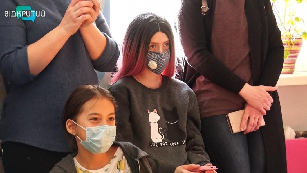 ВІДЕО: У лікарні Дніпра влаштували незвичне свято для маленьких пацієнтів