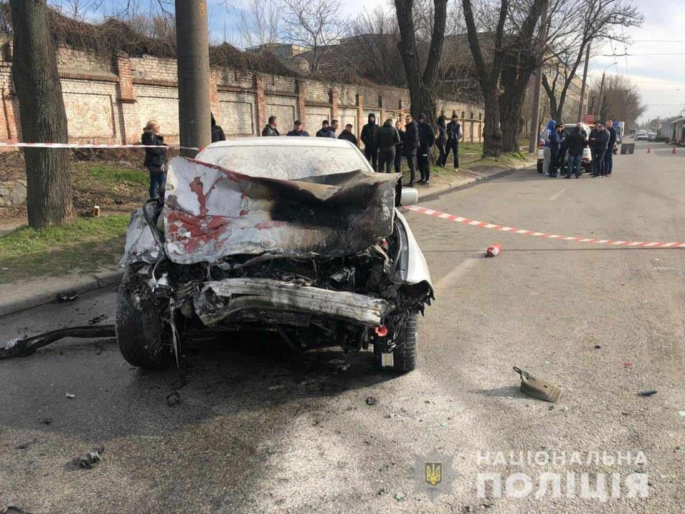 Страшное ДТП в Днепре: столкнулись 4 авто, 6 человек пострадало (ФОТО)