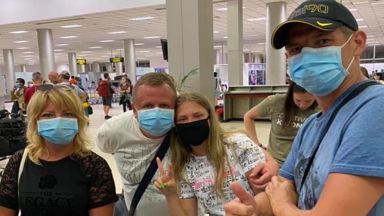 ВІДЕО: Кілька сотень українців через коронавірусний карантин не можуть вилетіти зі Шрі-Ланки