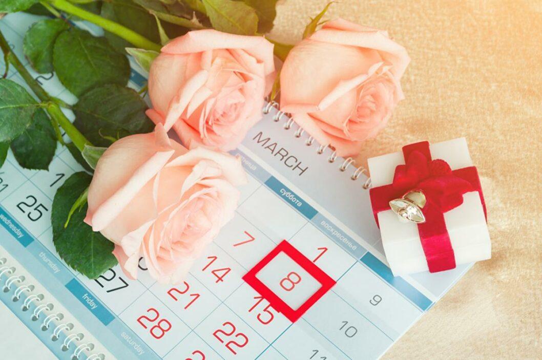 8 марта: какой сегодня праздник