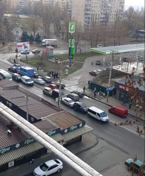 В Днепре авария на Образцова, столкнулись 5 автомобилей