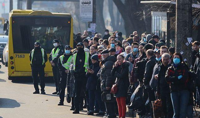 За день в Днепре выписали на 500 тысяч гривен штрафов и 200 водителей не вышли на работу