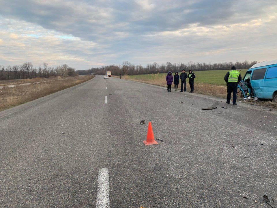 Водитель ВАЗ погиб на месте ДТП