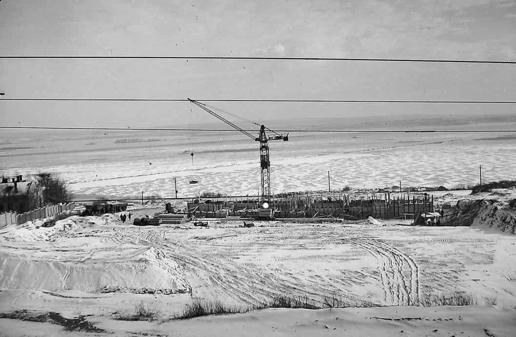 Пустырь на склоне оврага: как строили Монумент Славы в Днепре (ФОТО)