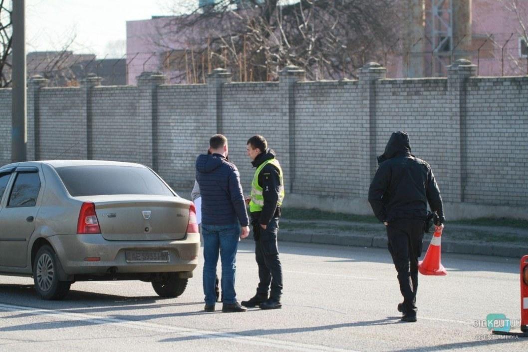 Утро началось не с кофе: сразу три ДТП около Кайдакского моста и большие пробки (ФОТО)